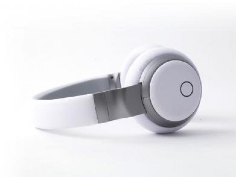 Headphones with Built-In Music Streaming
