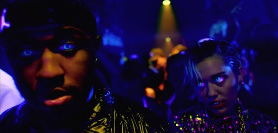Watch: Mike WiLL Made-It feat Rae Sremmurd + Future - Drinks On Us (Video)