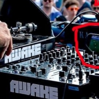 Previous article: Sven Väth was caught watching Euro 2016 during a festival DJ set because priorities