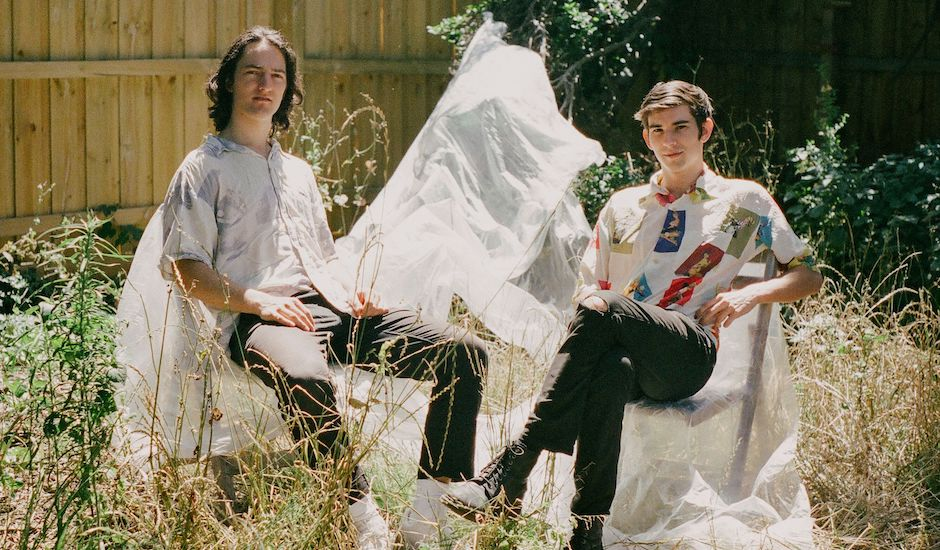 Premiere: Close Counters drop a great, zero-budget clip for TIP OF MY TONGUE