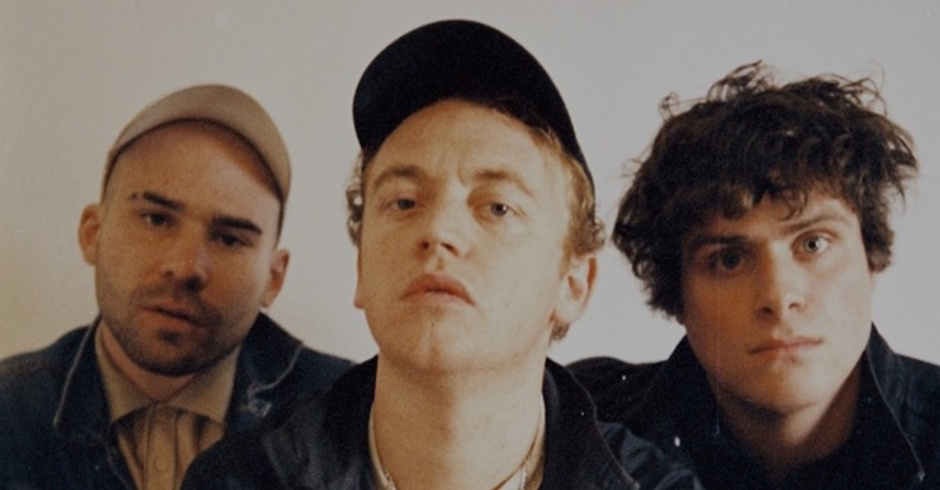 Listen: DMA's - Lay Down