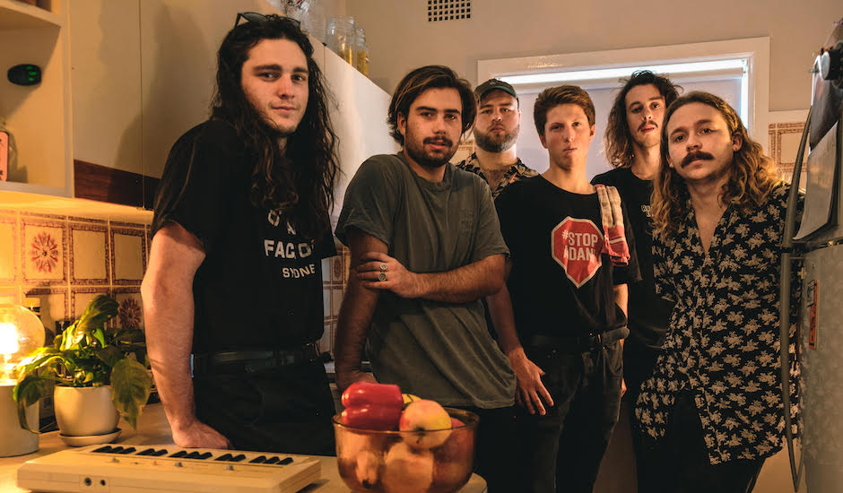 Premiere: In the midst of an AU tour, Good Lekker drop the clip to Prague