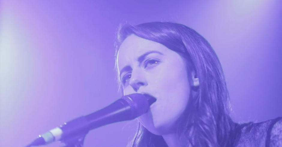 Premiere: Watch Gordi beautifully cover her single Myriad live at Hordern Pavilion