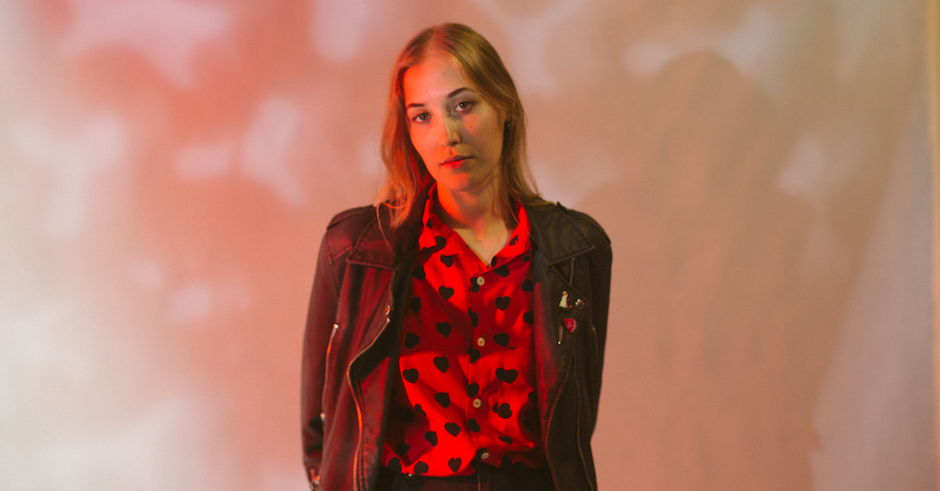 Hatchie teases her debut EP with its title track, Sugar & Spice
