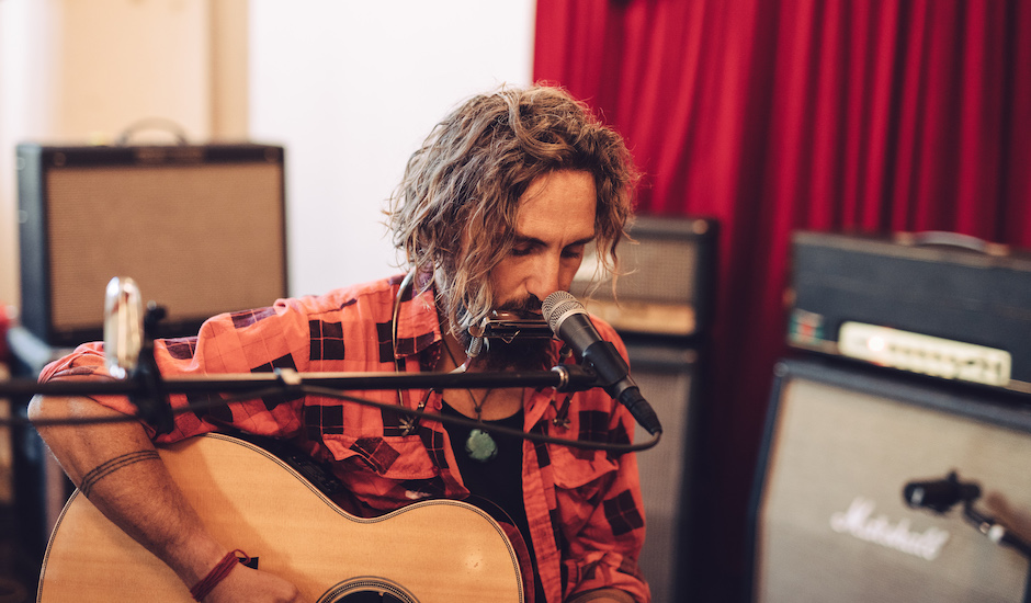 Live Sessions: John Butler - Miss Your Love