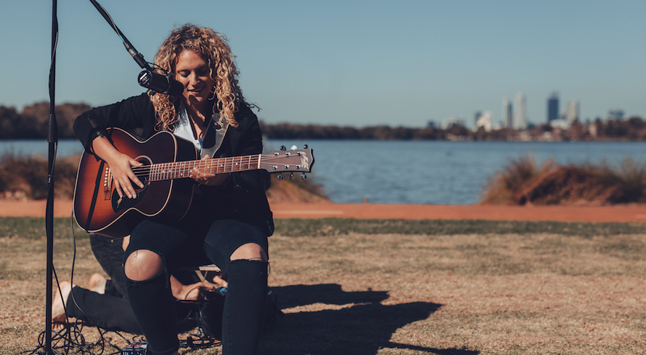 Live Sessions: Sydnee Carter - It's Alright