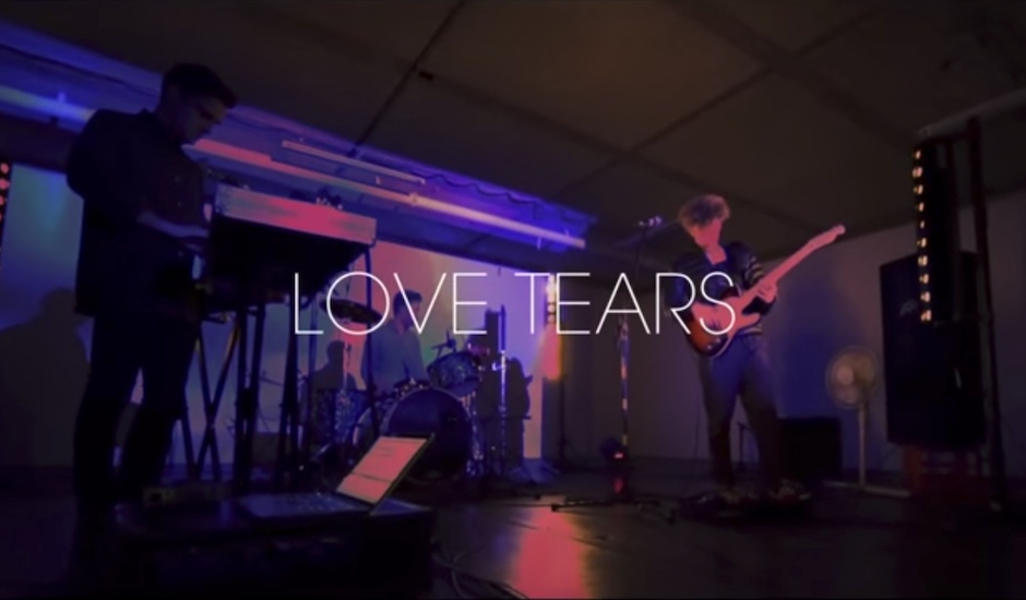 Premiere: World's End Press - Love Tears (Live At Goodtime Studios)