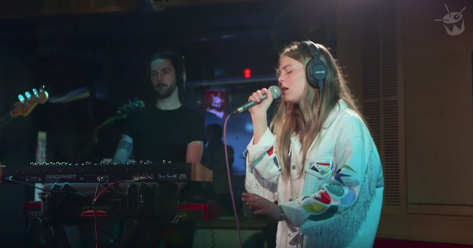 Maggie Rogers covering The XX on Like A Version this morning will make you feel feels